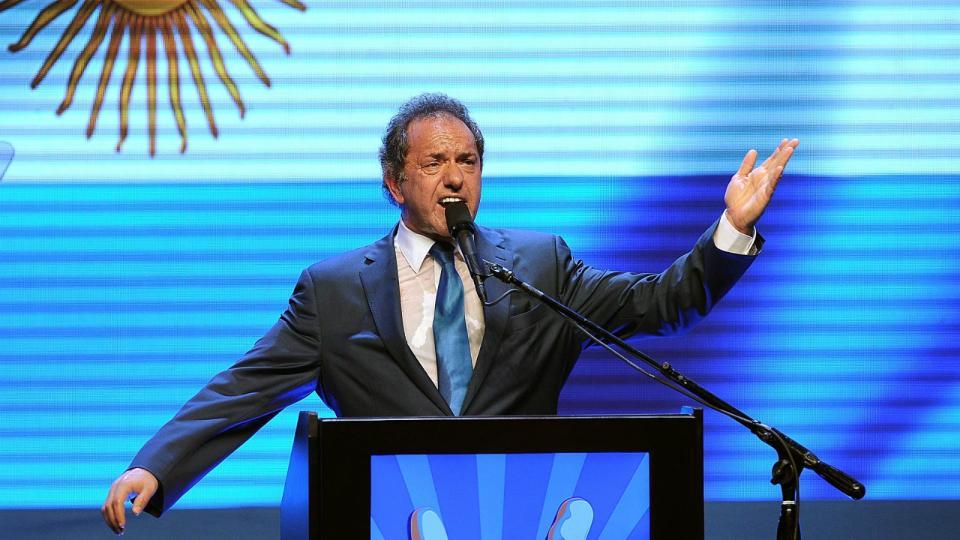 El diputado nacional, Daniel Scioli, aseguró que competirá en las primarias del 11 de agosto.