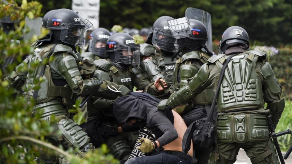 Protesta y represión en Colombia: tres muertos y ci... | Página12