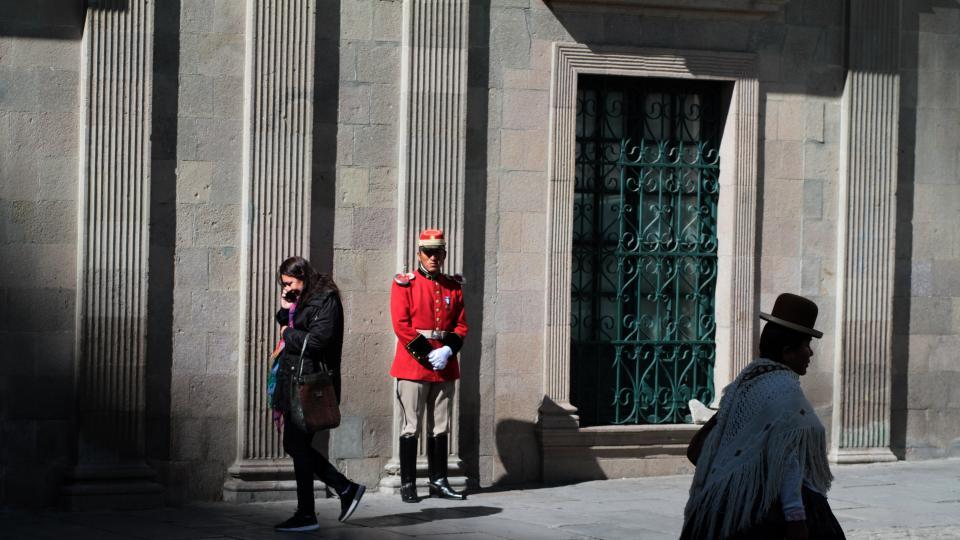 Página/12 en Plaza Murillo, corazón del poder de Bolivia