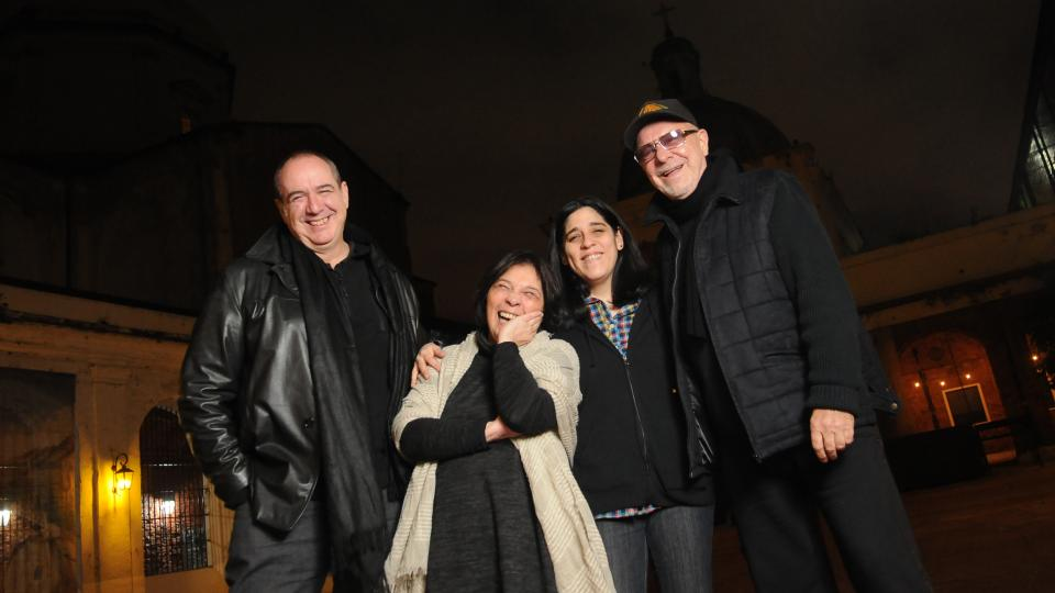 Popi Spatocco, Liliana Herrero, Araceli Matus (nieta de Mercedes) y León Gieco. El homenaje será el martes en el teatro Opera.