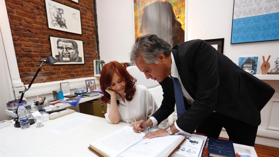 Cristina Kirchner presidenta interina | El video de...  | Página12