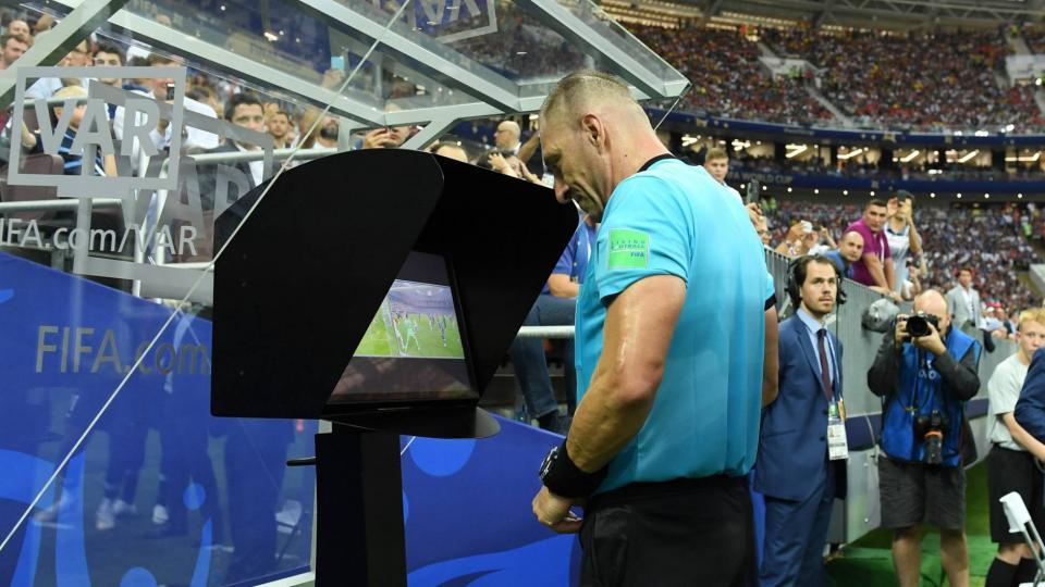 La Federación italiana propone aplicar el VAR como en el básquet y el tenis