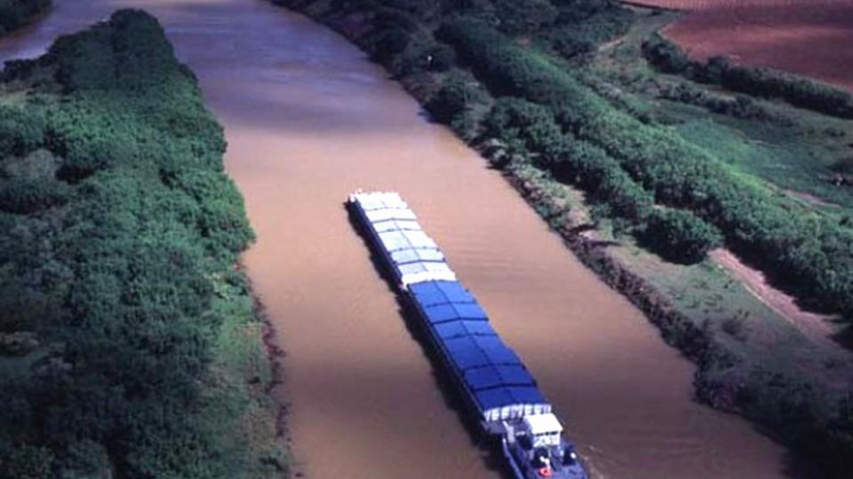 La hidrovía en medio de la polémica | Piden la rescisión del contrato y que no participe de una futura licitación