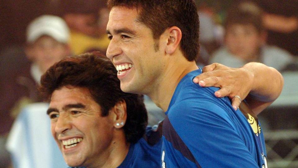¿Maradona y Riquelme juntos? El deseo de Signorini tras la cuarentena