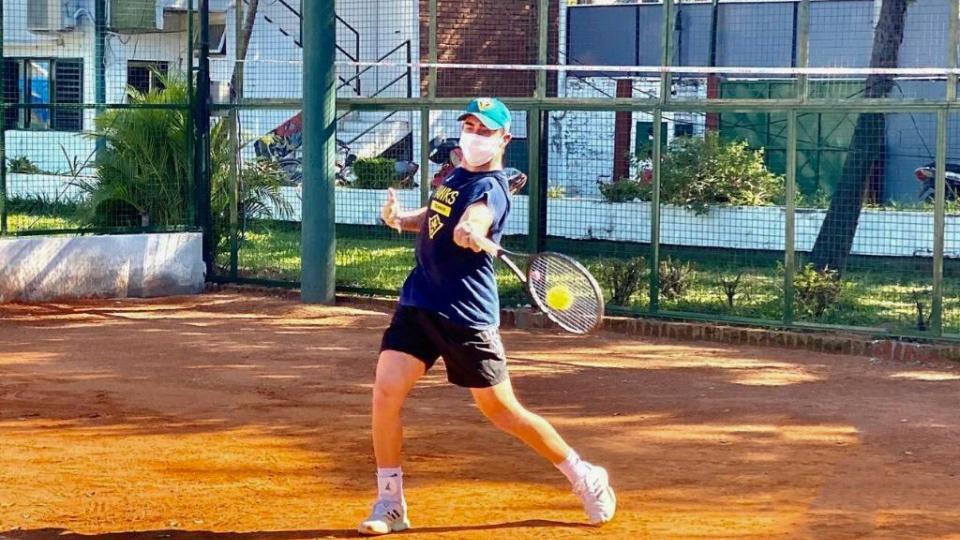 El tenis, la primera actividad deportiva en regresar