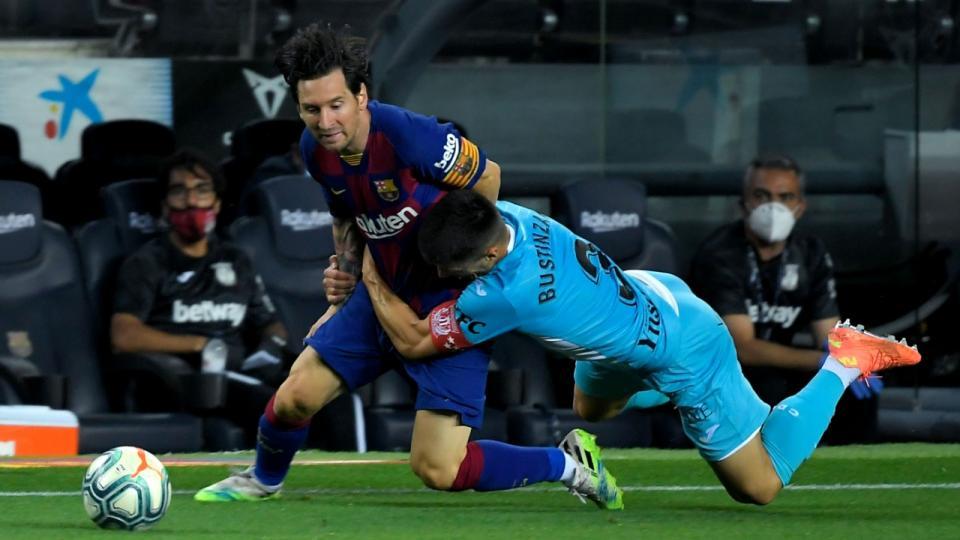 Messi convirtió para Barcelona que sigue puntero
