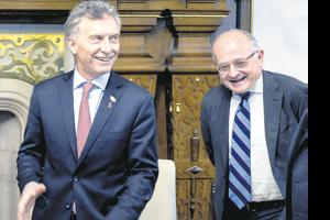 Mauricio Macri y Roberto Cardarelli repiten una y otra vez que lo peor ya pasó. (Fuente: NA)