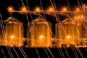 Del silo a la fábrica. Se espera que las medidas impulsen la venta de la produción retenida. (Fuente: Alejandro Elías)