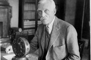 Andrew Mellon, en 1924, bajó el impuesto de los más ricos de Estados Unidos.