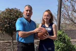 Fernando y Lucila Samprieto, unidos por la familia y el básquet. (Fuente: prensa CABB)