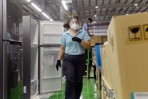 La tasa de participación laboral de las mujeres cayó del 52 al 46 por ciento por la pandemia. (Fuente: NA)