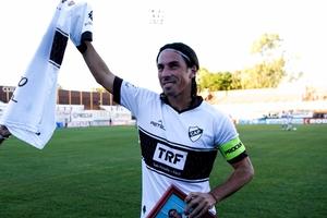 Daniel Vega, anotó 76 goles con la camiseta del Calamar.