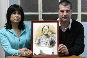Andrea Lescano y Néstor García, madre y padre de Micaela, convocan a una campaña en redes.