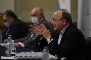 El diputado Leopoldo Moreau, en la presentación del informe de la Comisión Bicameral.