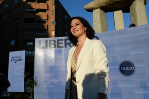 Isabel Díaz Ayuso, estrella en ascenso de la derecha española. (Fuente: AFP)