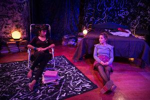 Delfina Colombo y Stephanie Troiano interpretan la obra, dirigida por Manuela Méndez y escrita por Lucila Rubinstein. (Fuente: Cecilia Salas)