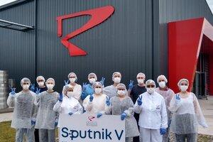 El laboratorio Richmond enviará este martes a Rusia el primer lote de vacunas Sputnik V terminadas en Argentina.