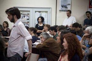 Horacio González, en el aula magna de Sociales en Marcelo T de Alvear. (Fuente: Pablo Linietsky)