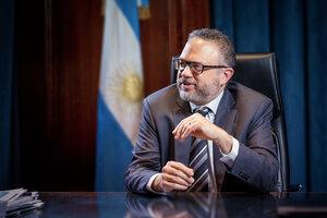 """""""Cada día las pymes afianzan su papel en el desarrollo nacional"""", aseguró el ministro."""