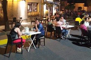 Locales gastronómicos pueden abrir hasta la medianoche