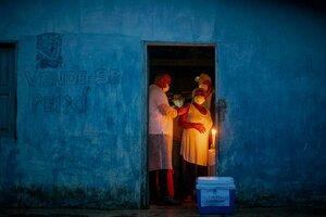 Desiguladad en el acceso a la vacuna anticovid en Brasil. (Fuente: AFP)