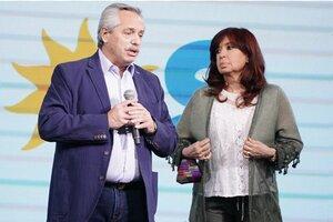 Alberto Fernández y Cristina Kirchner la noche de la derrota electoral.
