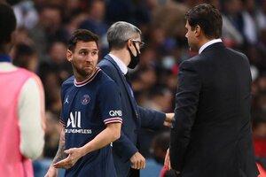 Messi y una cara de pocos amigos dedicada a Pochettino (Fuente: AFP)