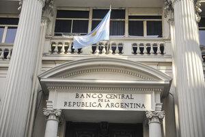 El Banco Central encuesta mensualmente a consultoras y departamentos de estudios de las entidades. (Fuente: Sandra Cartasso)