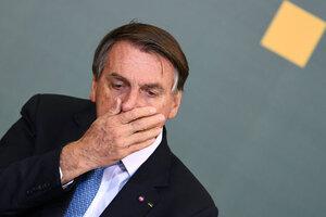 Otro revés de Bolsonaro en su campaña antivacuna: le negaron el ingreso a un estadio.
