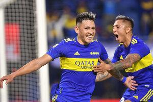 El pibe Vázquez puso el 2-1 de Boca tras una gran jugada de Almendra (Fuente: NA)