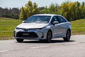El modelo más vendido en el mundo y se lanza con dos motorizaciones.