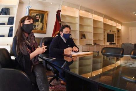 Verónica Figuera, Gustavo Sáenz y Daniel Arroyo (Fuente: Gobierno de Salta)