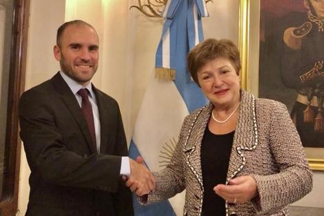 El ministro de Economía, Martín Guzmán, con la directora gerente del Fondo Monetario, Kristalina Georgieva. (Fuente: Télam)