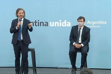 Santiago Cafiero junto con el ministro de Trabajo, Claudio Moroni.