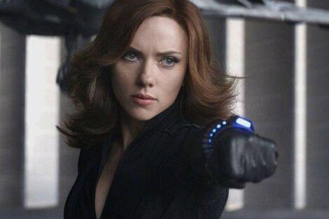 """""""Disney está lanzando películas como 'Black Widow' en Disney+ para aumentar sus suscriptores"""", se quejan los abogados de la actriz."""
