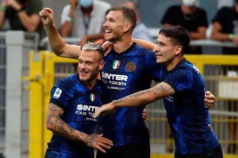 Dzeko celebró su primer gol con la camiseta de Inter (Fuente: EFE)