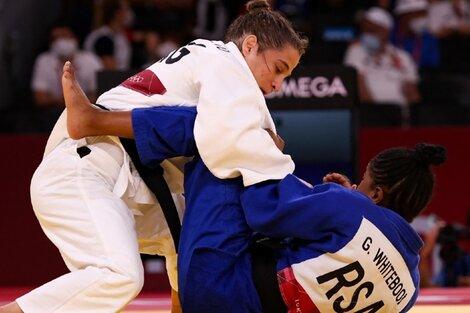 La yudoca Paula Pareto durante uno de sus duelos en Tokio (Fuente: AFP)