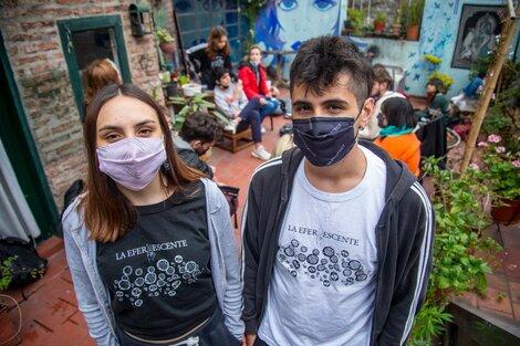 Agostina Vietri y Germán Castelli, militantes del Frente de Todos de CABA. (Fuente: Guido Piotrkowski)