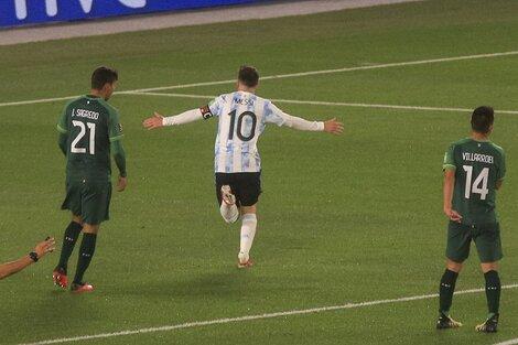 Messi volverá a jugar en la cancha de River, como lo hizo ante Bolivia (Fuente: NA)