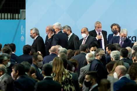 Los flamantes ministros, reunidos en el Museo del Bicentenario.