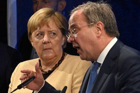 Merkel junto al candidatoLaschet. (Fuente: AFP)