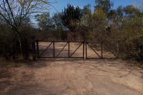 La entrada al puesto de los Segovia.