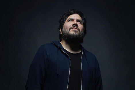 El cantante de El Mató a un Policía Motorizado juntó sus temas para el revival de Okupas en un disco solista lleno de feats (Fuente: Santiago Motorizado | Prensa)