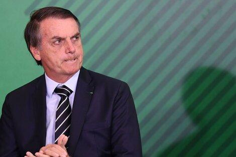 """""""Los vacunados contra la covid-19 está desarrollando el síndrome de inmunodeficiencia adquirida"""", dijo Bolsonaro. (Fuente: AFP)"""