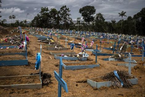 Manaos, en el estado de Amazonas: uno de los lugares donde se registraron entierros masivos. (Fuente: EFE)