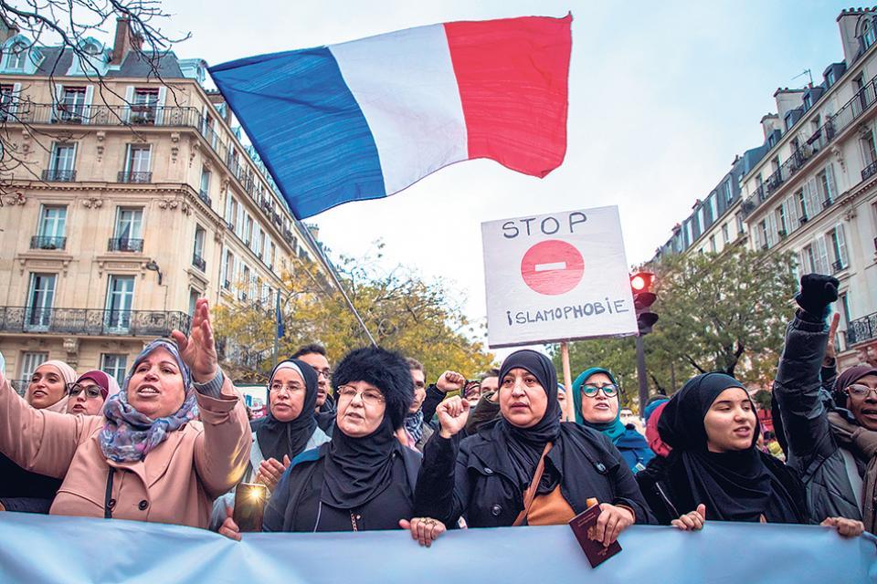 En París se manifiestan contra la islamofobia