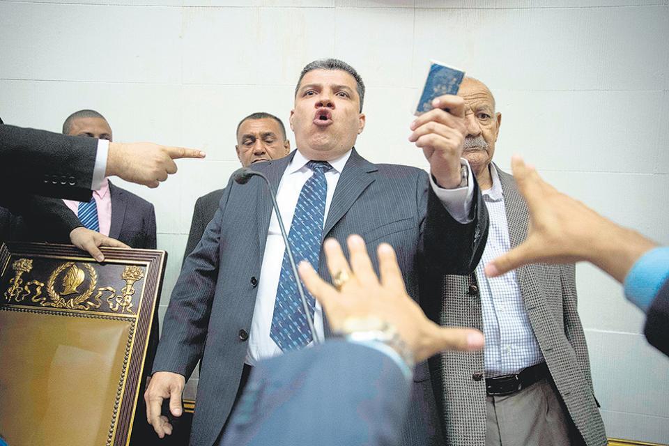 Luis Parra fue elegido para presidir la Asamblea Nacional de Venezuela.