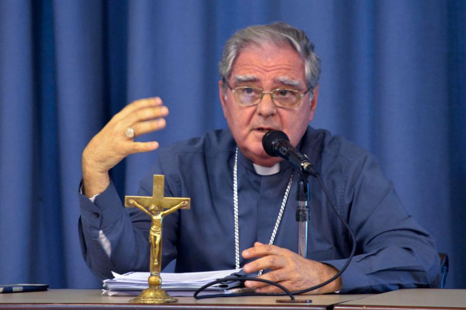 """El Presidente de la Conferencia Episcopal Argentina (CEA), Oscar Ojea, se refirió a la posibilidad de poner en marcha un """"salario universal de emergencia"""" como una forma de hacer frente a la crisis planteada por la pandemia"""
