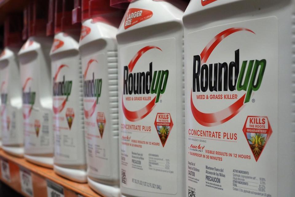 Roundup es la marca comercial del glifosato.