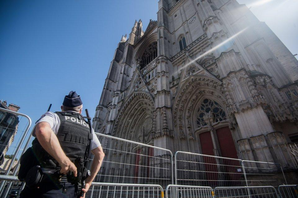 La catedral de la ciudad francesa de Nantes fue incendiada el 18 de julio pasado.